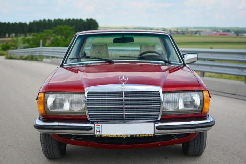 1976 Mercedes-Benz CE280