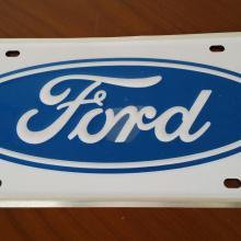 Díszrendszámtáblá Ford